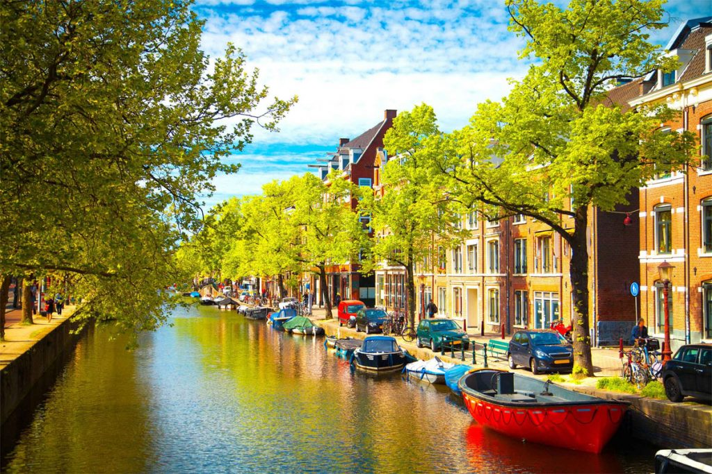 مهاجرت و اخذ اقامت هلند