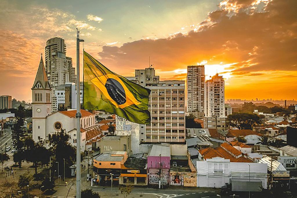 Brazil flag and backdrop 1024x683 - ثبت شرکت در کشور برزیل