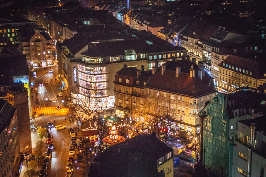 Munich Christmas Markets Marienplatz 0769 1024x681 1 1024x683 - ثبت شرکت در کشور لیختن اشتاین