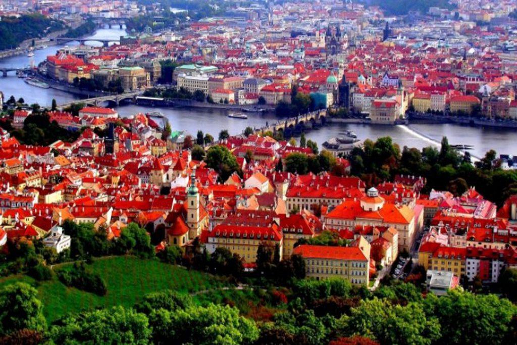 Untitled 1 44 1024x683 - مهاجرت و اخذ اقامت جمهوری چک