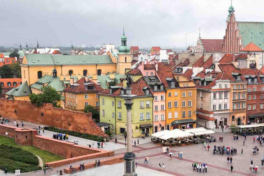 سرمایه گذاری در لهستان