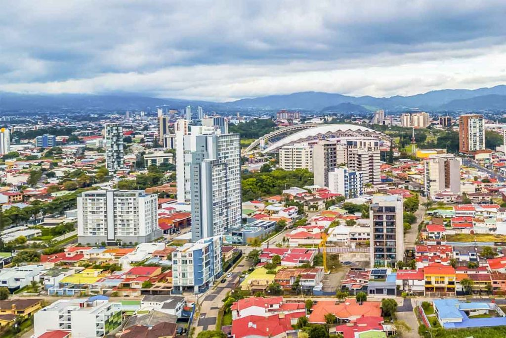 اشتغال به کار و استخدام در کاستاریکا