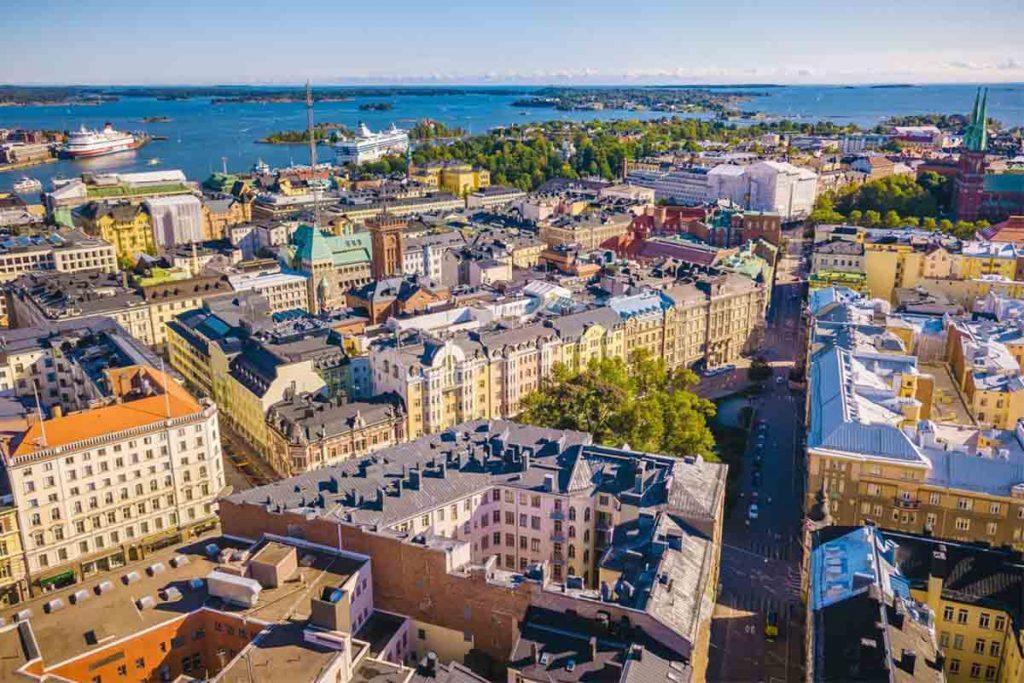 اشتغال به کار و استخدام در فنلاند