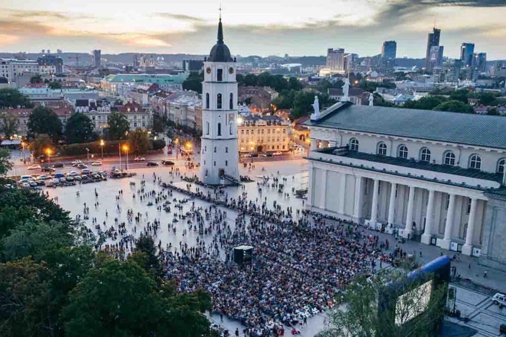 اشتغال به کار و استخدام در لیتوانی