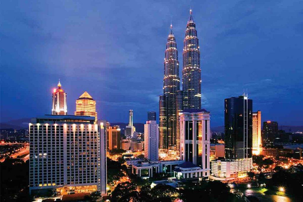 اشتغال به کار و استخدام در مالزی
