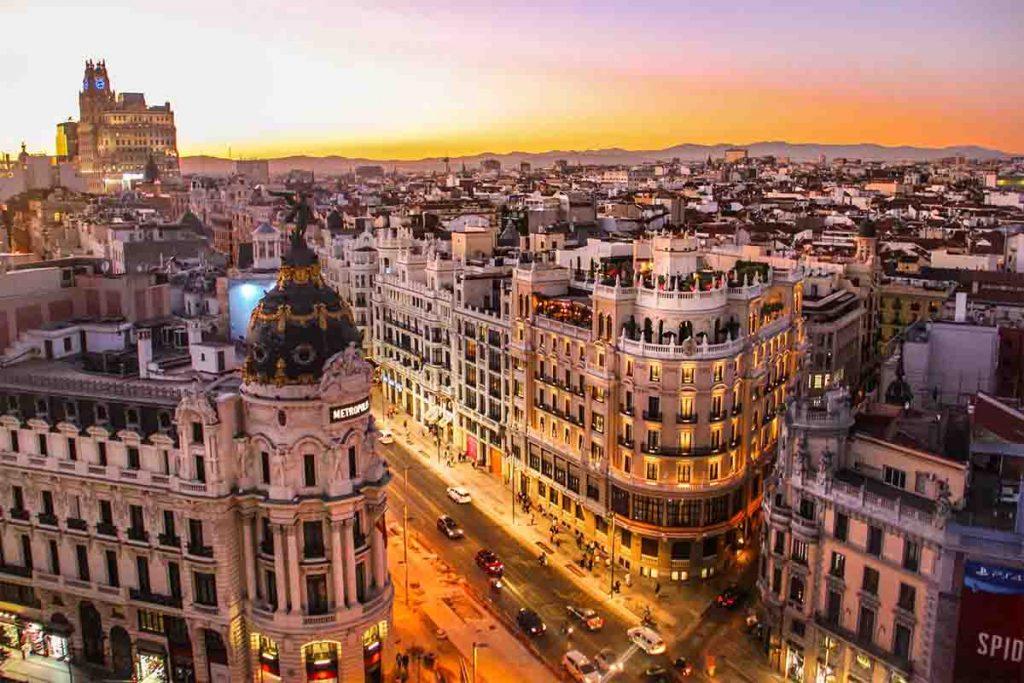 اشتغال به کار و استخدام در اسپانیا