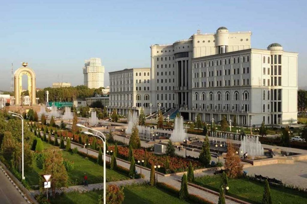 اشتغال به کار و استخدام در تاجیکستان