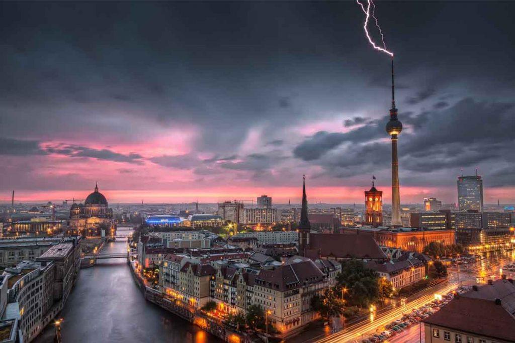 امور حقوقی در آلمان